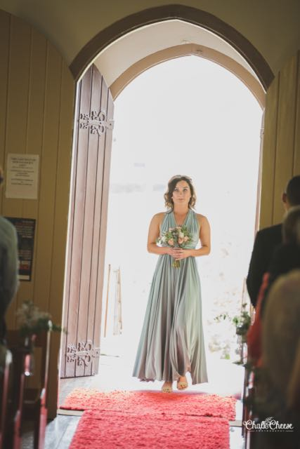 2031-DIY-Country-Wedding-Ceremony-St-Matthews-Catholic-Church-Tara-Daniel